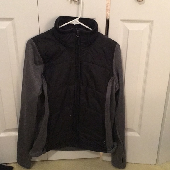 North Face Jackets & Blazers - Northface grey & black jacket sz M 56656